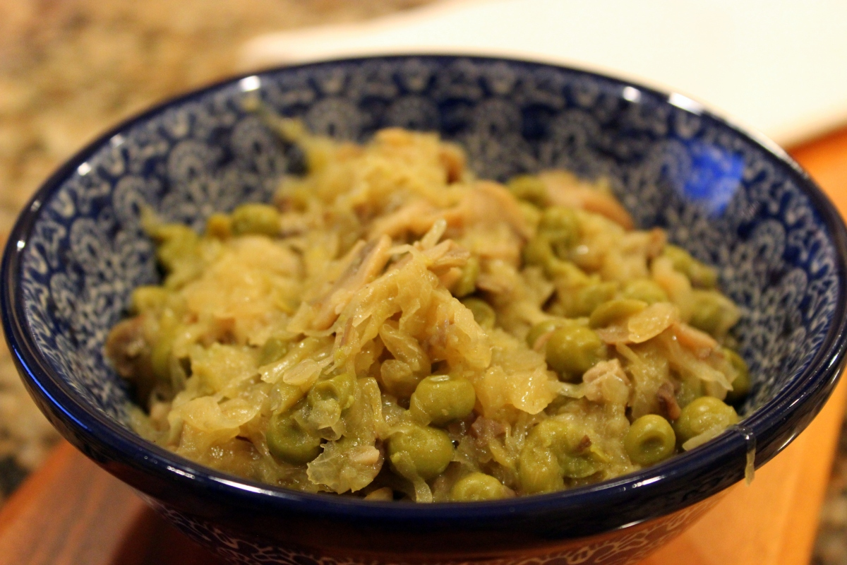 Sauerkraut with peas and mushrooms